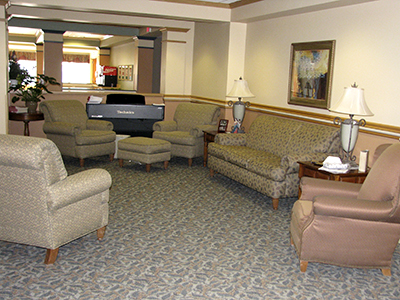 Several lounge areas in the facility offer comfortable places for residents to gather with each other or with visitors.