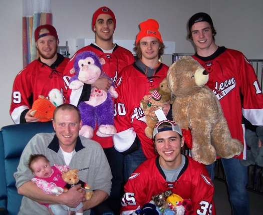Aberdeen Wings give teddy bears