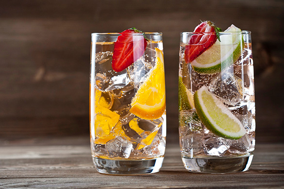 sparkling water with fruit